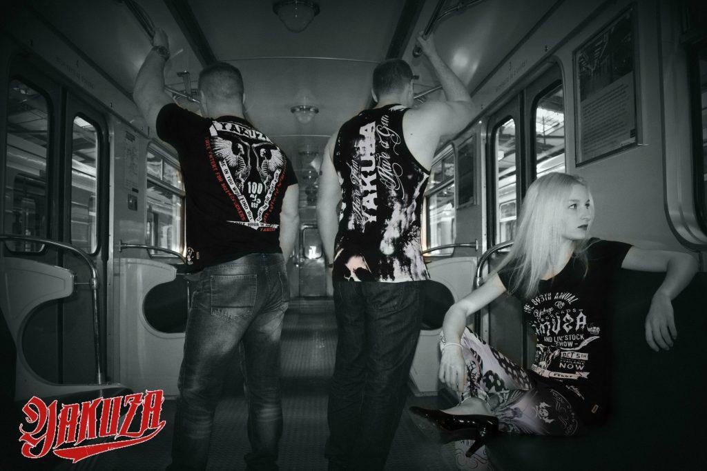 Yakuza v metru